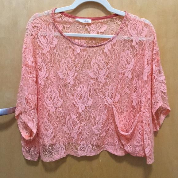 Lush Tops - M/L Lush brand Peach/Pink Lace flowy crop top